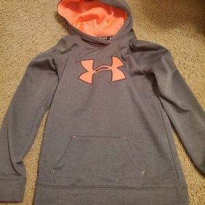 Boys Under Armour hooded sweatshirt Loose Medium